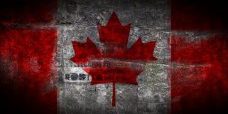 Grungy flagga av Kanada på closeupen för stentexturbakgrund Royaltyfri Bild