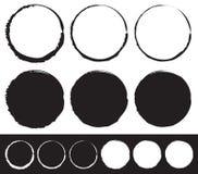 Grungy geplaatst cirkelelement - Cirkels met bevlekte, gesmeerde verf stock illustratie