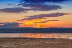 Gruntowy lodowej wody nieba słońce Zdjęcie Royalty Free