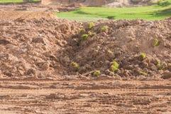 Gruntowy rozwój przed jeziorem na pole golfowe projekcie Zdjęcia Royalty Free