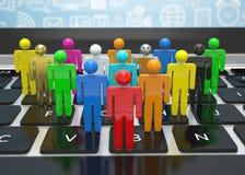 Grup ludzi postacie na laptopie Fotografia Stock