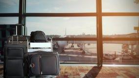 Grupa bagaż w lotniskowym terminal obrazy royalty free