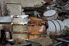 Grupa baryłki z odpad toksyczny Zdjęcie Royalty Free