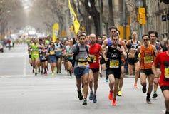 Grupa biegacze w Barcelona ulicach Obraz Royalty Free
