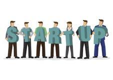 Grupa biznesmeni trzyma gigantycznego abecadło tworzyć słowo początkowego ilustracji