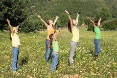 grupa dzieci, rozciąganie Zdjęcia Stock