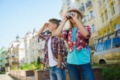 Grupa dziecko podróż w Europa Turystyki i wakacje pojęcie Obraz Stock