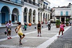 Grupa dziecko w wieku szkolnym PE lekcję fotografia royalty free