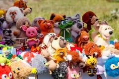 Grupa handmade miękka tkanina bawi się dla sprzedaży fotografia royalty free