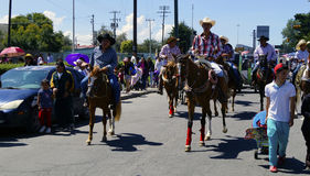 Grupa jeźdzowie w katolickim korowodzie w Mexico Zdjęcie Royalty Free