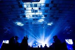 Grupa kamerzyści pracuje podczas koncerta obrazy royalty free