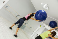 Grupa kobiety Robi Pilates Zdjęcia Stock