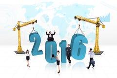 Grupa kreatywnie pracownicy z liczbami 2016 Fotografia Royalty Free