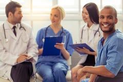 Grupa lekarzi medycyny Zdjęcia Royalty Free