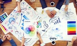 Grupa ludzie biznesu Dyskutuje Biznesowych zagadnienia fotografia stock