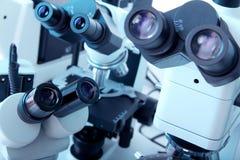Grupa mikroskopy zdjęcie royalty free