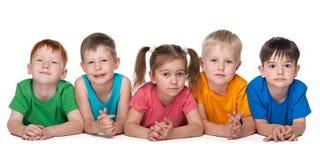 Grupa pięć rozochoconych dzieci Obraz Royalty Free