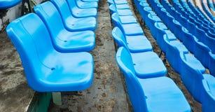 Grupa puste siedzenie lub krzesło w stadium, teatrze lub conxert, Fotografia Stock
