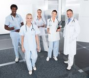 Grupa Szczęśliwe Multiracial lekarki Obraz Royalty Free
