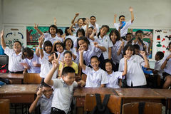 Grupa Tajlandzcy ucznie w sala lekcyjnej obrazy royalty free