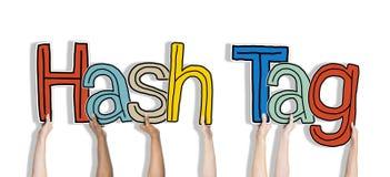 Grupa Trzyma słowa Hash etykietkę ręki ilustracja wektor