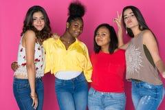 Grupo adolescente de muchachas Imagenes de archivo