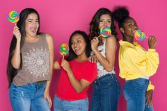 Grupo adolescente de muchachas Imágenes de archivo libres de regalías