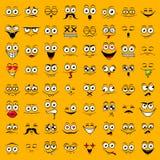 Grupo amarelo grande de emoções felizes bonitos do smiley, ilustração do vetor foto de stock royalty free