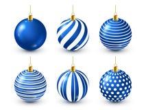 Grupo azul brilhante das bolas da árvore de Natal Decoração do ano novo Estação do inverno Feriados de dezembro Cumprimentando o  ilustração stock