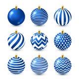 Grupo azul brilhante das bolas da árvore de Natal Decoração do ano novo Estação do inverno Feriados de dezembro Cumprimentando o  ilustração royalty free
