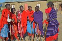 Grupo baile-Tanzania, África de Massai Imágenes de archivo libres de regalías