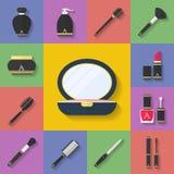 Grupo cosmético do ícone da composição Estilo liso Fotografia de Stock Royalty Free