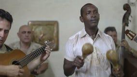 Grupo cubano asombroso de la música almacen de metraje de vídeo