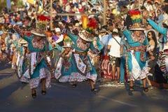 Grupo da dança de Tinku - Arica, o Chile imagens de stock