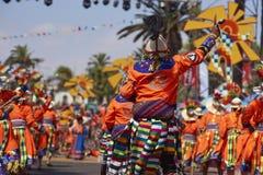 Grupo da dança de Tinku - Arica, o Chile foto de stock