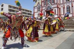 Grupo da dança de Tinkus no carnaval em Arica, o Chile Fotos de Stock Royalty Free