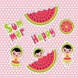 Grupo da etiqueta do verão com desenhos animados bonitos da menina e da melancia para o grupo da etiqueta do verão Fotos de Stock Royalty Free