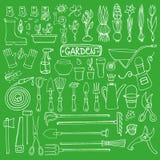 Grupo da garatuja do jardim da mola Ferramentas, plantas Verde Fotos de Stock