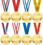 Grupo da medalha de ouro com a vária fita isolada Imagens de Stock Royalty Free