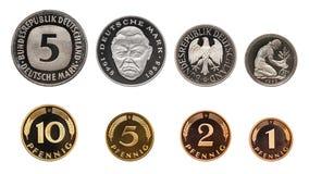 Grupo das moedas do marco alemão de Alemanha, isolado no branco imagens de stock
