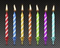 Grupo das velas do bolo, decoração realística do feriado do estilo ilustração do vetor