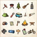 Grupo de ícones de acampamento tirados mão ilustração royalty free