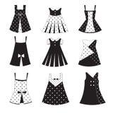 Grupo de ícones do vestido da menina do miúdo Imagens de Stock Royalty Free