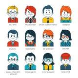 Grupo de ícones dos povos no estilo liso com caras Foto de Stock Royalty Free