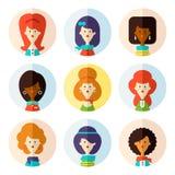 Grupo de ícones fêmeas lisos do avatar para meios sociais Imagens de Stock Royalty Free
