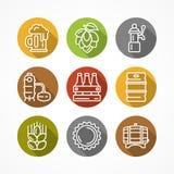 Grupo de ícones lineares da cerveja no círculo de cor Imagem de Stock Royalty Free