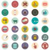Grupo de 30 ícones sobre o Internet Imagens de Stock Royalty Free