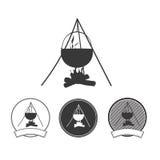 Grupo de acampamento do ícone da silhueta da fogueira Ilustração Stock