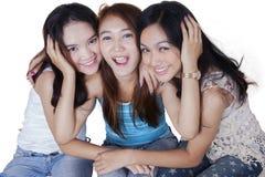 Grupo de adolescentes asiáticos alegres Fotografía de archivo
