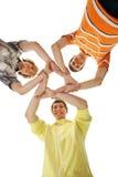 Grupo de adolescentes felizes de sorriso isolados no branco Fotografia de Stock